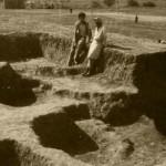 Драга и Милутин Гарашанин на ископавању Носе 1958. године