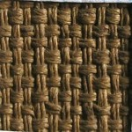 Детаљ полеђине платна, 1 cm², панама преплетај (2/2), густина ткања 22↕ х 18-20↔ нити/ cm²