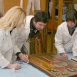 Retuširanje bojenog sloja na  ikoni iz Zbirke poslevizantijske umetnosti