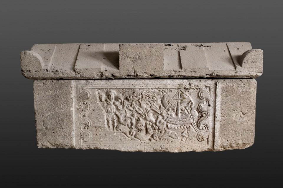 Саркофаг са представама Јоне и Доброг пастира, Београд (Singidunum), IV век