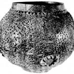 Велики лонац од печене земље украшен штипањем, Ајмана-Мала Врбица
